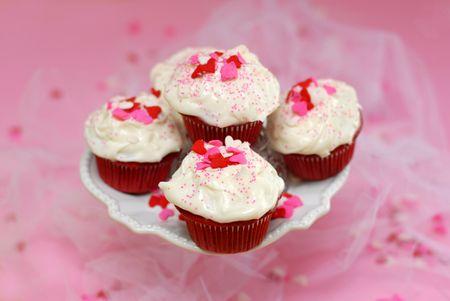 Editorial Red Velvet Cupcakes - Keri Lee Sereika WEB