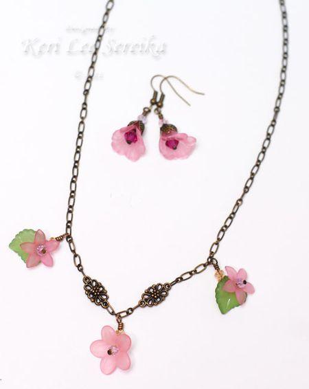 2-7-11 Floral Fun Necklace & Earring Set - Keri Lee Sereika