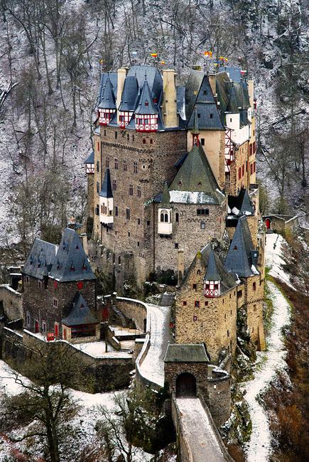 2-11-13 Burg Eltz WEB