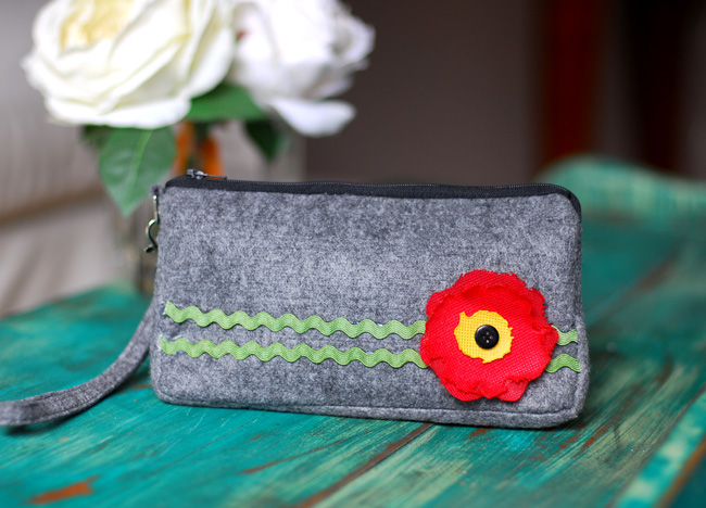 Pretty Poppy Clutch 06 WEB - Keri Lee Sereika WEB