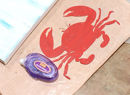 Crab Canvas - Dot Glue Runner onto Crab - Keri Lee Sereika