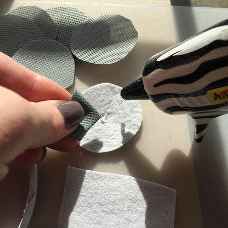 02 fold and glue
