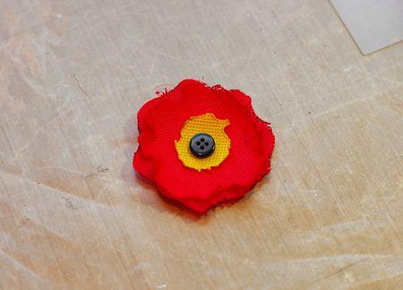 Pretty Poppy Clutch 05 - Keri Lee Sereika WEB
