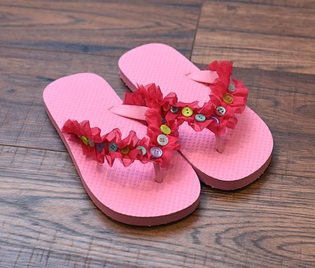 Quick and Easy Embellished Flip Flops - Keri Lee Sereika
