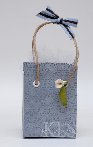 92307_stamped_gifts_front_of_bag__2